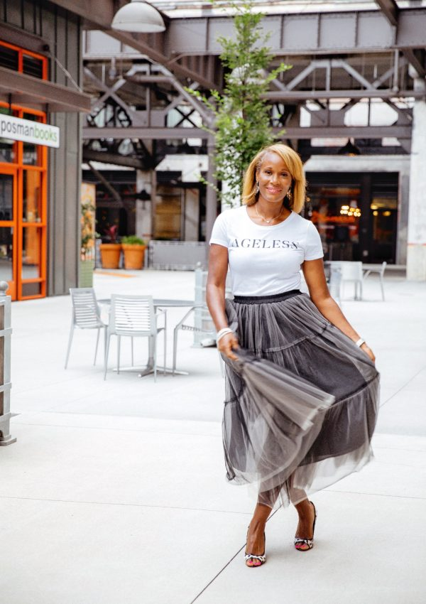 Stylish Ways to Wear A Graphic Tee When You're Over 50